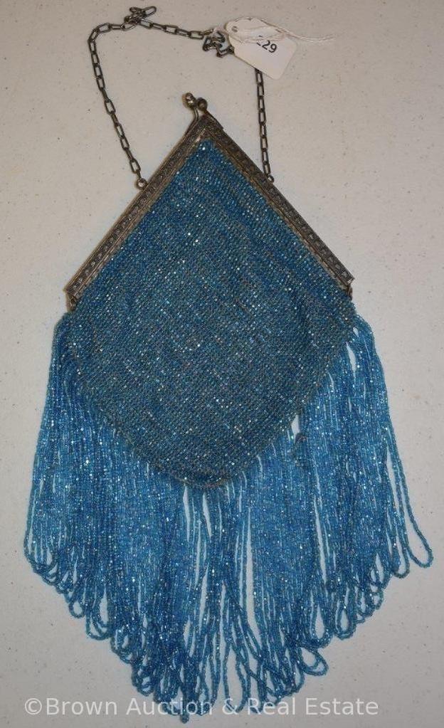 Vintage beaded purse, blue