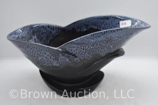 """Roseville Capri C-1010-10"""" bowl, black/blue"""