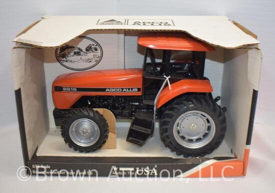 Agco Allis 9815 die-cast metal tractor