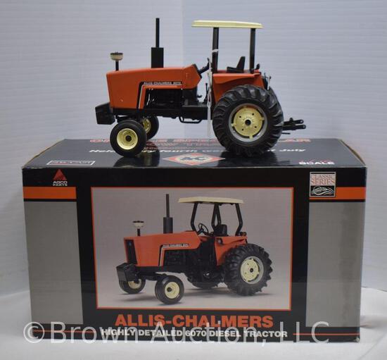 Allis-Chalmers 6070 die-cast metal tractor