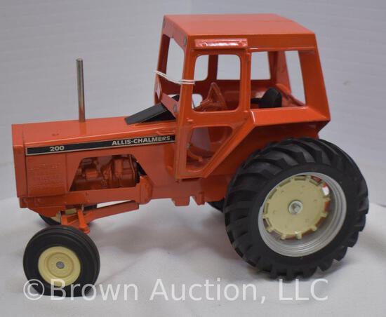 Allis-Chalmers 200 die-cast metal tractor