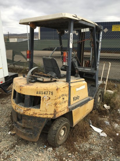 YALE 5000 lb. Forklift Runs on Propane, Missing Propane Tank