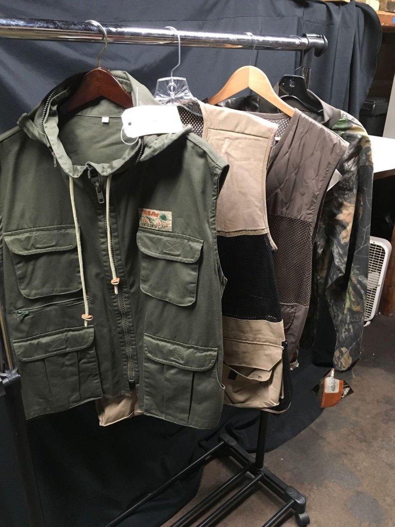 Lot: Teesav Bushwear, Browning, Scentlok & Past-Labled Hunting