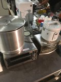 Stock pot, Aroma rice cooker, Oster & Cuisinart toaster ovens
