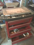 Craftsman 5 drawer rolling tool box with misc tools