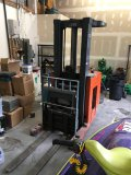 Prime Mover Model RRCH30 LIFT TRUCK 2800 lbs Cap. Serviced Jan /2018 Has New Battery.