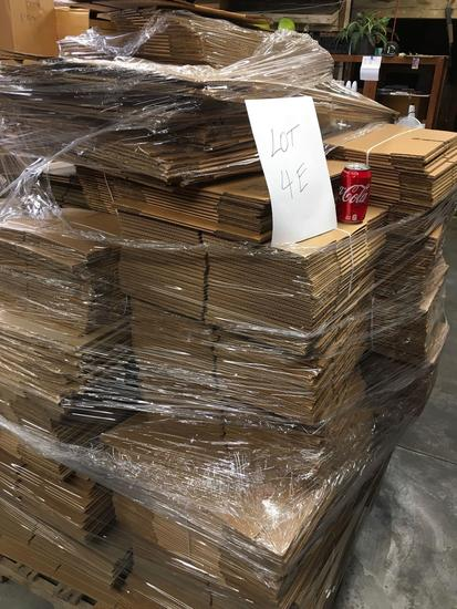 Pallet of assorted sizes, packaging boxes