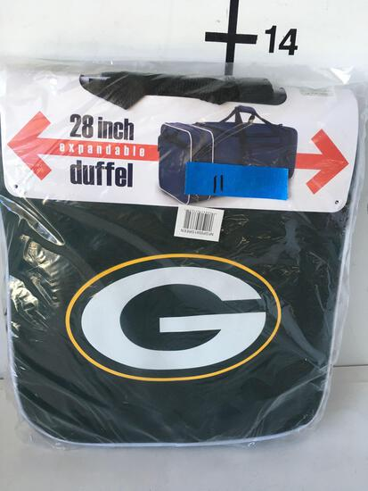 "Football team New 28"" Packers Expandable duffel bag."