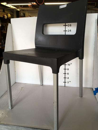 Aluminum dining chairs, Plastic black seat, Made in Italy