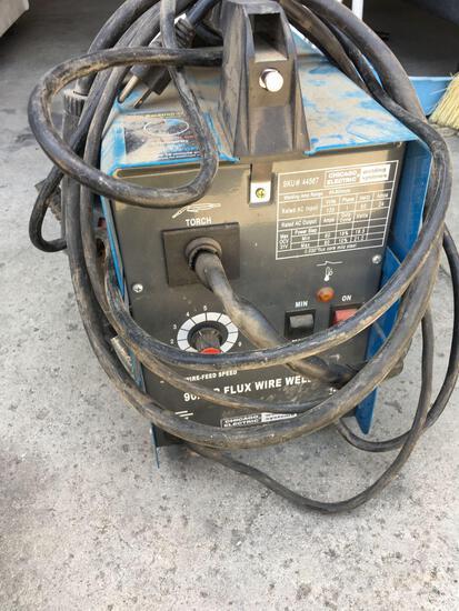 Chicago Electric welding system 90 amp Flux wire welder. 120V