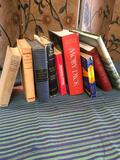 9 pieces. Assorted books