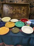 20 pieces. Assorted dishes. Petals Oneida, Vietri, Fiesta, etc. Wood tray