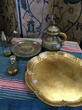 Assorted vintage items and silver skillet 16