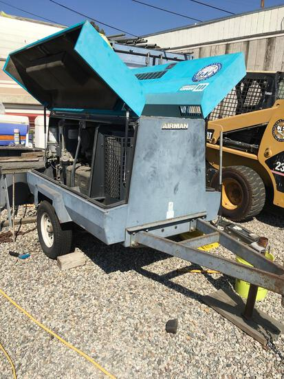 MMD Equipment Airman PDS185S, air compressor, RUNS GREAT  See video 2nd photo frame