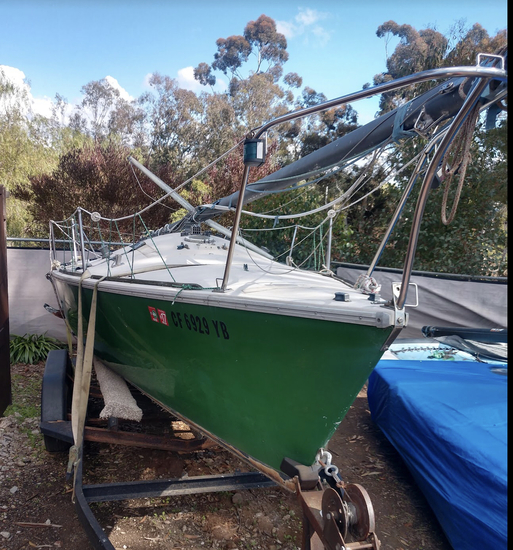 1983 Ranger 25'  Competition Class Sailboat  Sold on Title