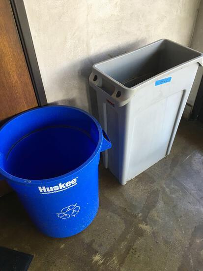 Huskee Recycle bin & Rubbermaid Slim Line trash can