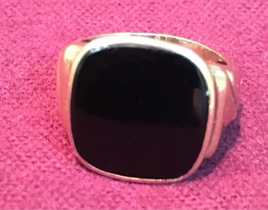 Gold & Black Onyx men's ring, size 5½   Date Stamped 1941