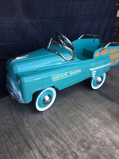 Vintage Estate Wagon Classic Light Blue Exc. Condition Metal Pedal Car