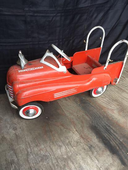 Vintage Murray Fire Department Metal Pedal Car