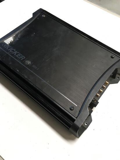 Amplifier. Kicker ZX 300.1