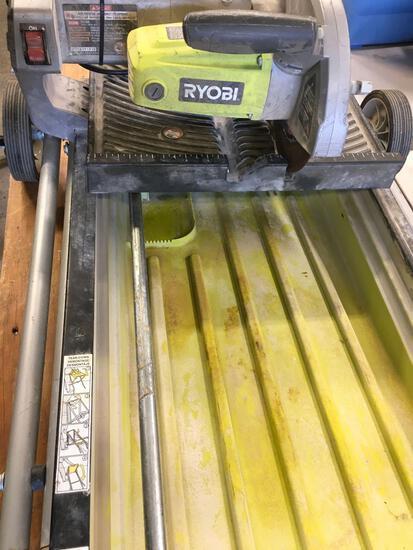 Ryobi Hydroarc wet tile saw. Works