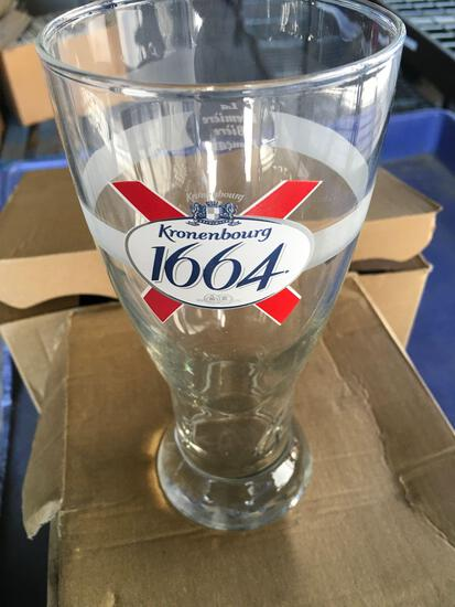 New, 12 pieces. Kronenbourg 1664 (0,5L), beer glasses