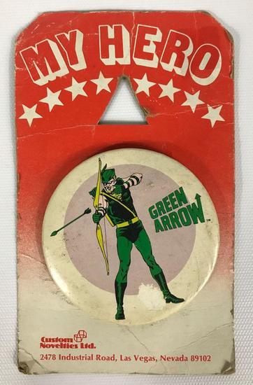 Vintage 1978 My Hero Green Arrow Custom Novelties Ltd. Pinback on Original Card