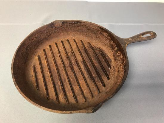 Vintage Cast Iron Lodge Grill Pan