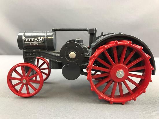 ERLT Titan IH Heritage series no 6 die cast Tractor