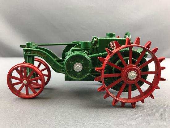 ERTL Heritage series no 6 8-16 Mogul IH die cast Tractor 1914 Heritage no 6