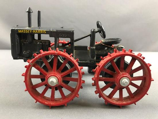 ERTL Massey-Harris no 11 die cast tractor