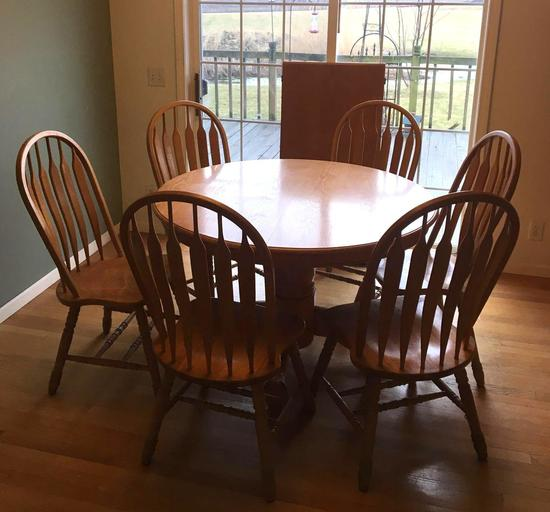 Oak Table with 6 Chairs and Leaf