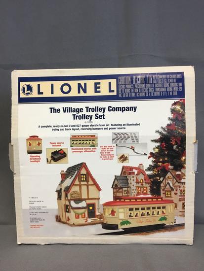 Lionel The Village Trolley Co. Trolley Set