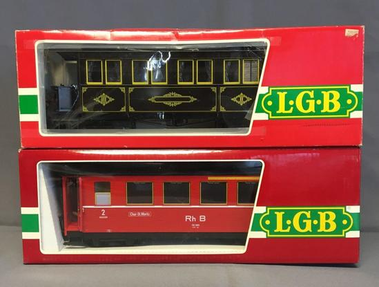 Group of 2 LGB 3061 and 3062 Passenger Cars