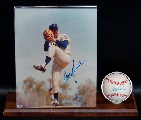 Signed New York Met Tom Seaver Baseball and Photograph with Display