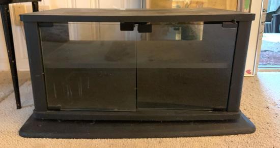 Swivel TV stand