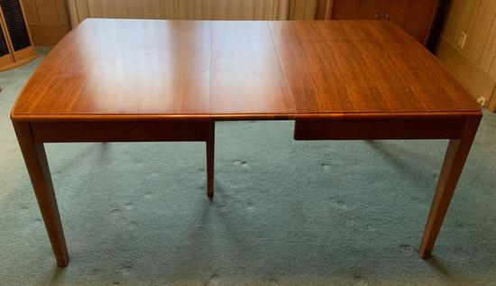 Vintage mahogany dining room table
