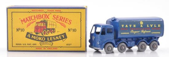 Matchbox No. 10 Foden Sugar Container Die-Cast Vehicle with Original Box