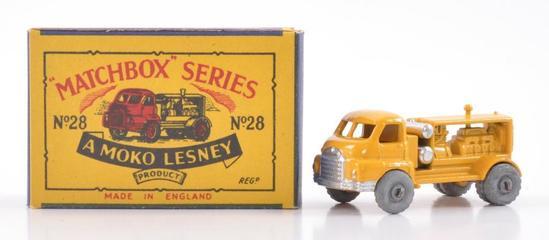Matchbox No. 28 Bedford Compressor Truck Die-Cast Truck with Original Box