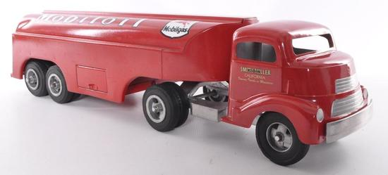 "Smith Miller ""Smitty Toys"" Mobiloil Pressed Steel Tanker Truck"