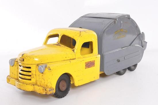 Structo No.7 Pressed Steel Utility/Garbage Truck