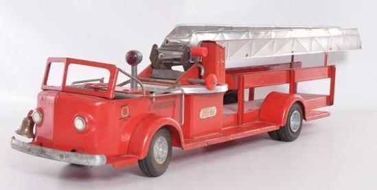 Doepke Model Toys Tossmoyne Pressed Steel Fire Truck