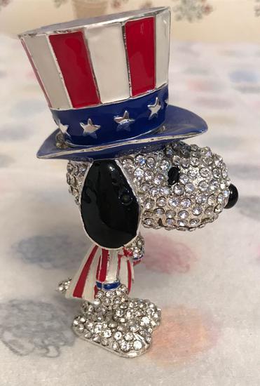 Crystal World Peanuts Jeweled Patriotic Snoopy Trinket Box