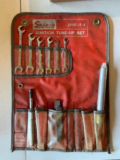 Snap on ignition tuneup set