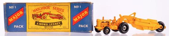 Matchbox Major Pack No. 1 Caterpillar Earth Mover Die-Cast Vehicle with Original Box