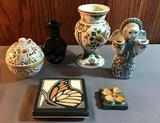 Group of small vintage decor items
