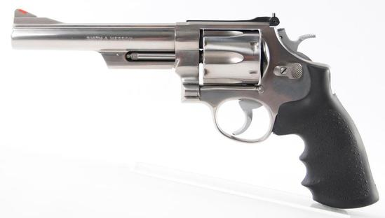 Smith and Wesson Model 629-1.44 Magnum Cal. Revolver with Case