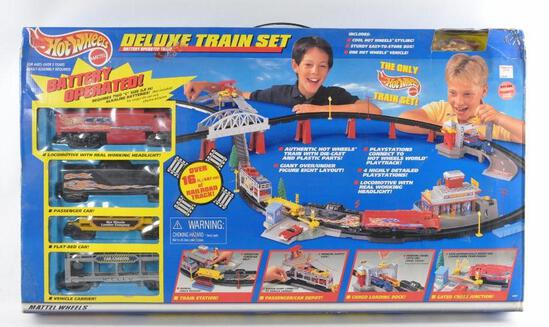 Hot Wheels Deluxe Train Set in Original Box