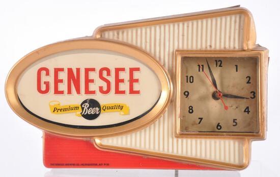Vintage Genesee Light Up Advertising Countertop Beer Clock Sign