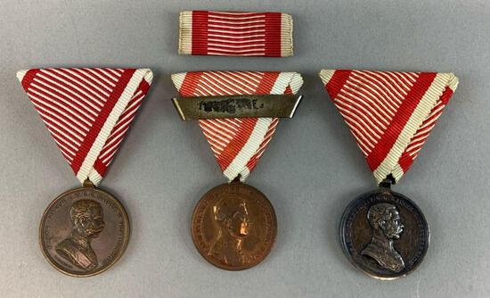 Collection of 3 Different Austrian Tapferkeits Medals and Unmounted Rbibbon Bar